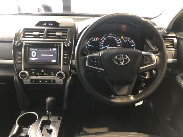 2017 Toyota Camry Enterprise Hamilton image 15