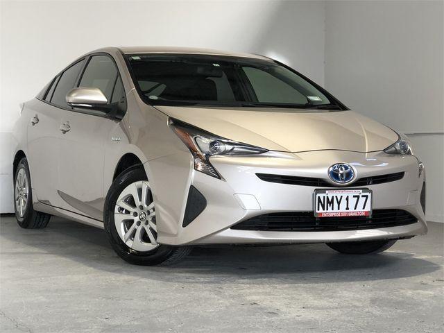 2017 Toyota Prius Enterprise Hamilton image 1