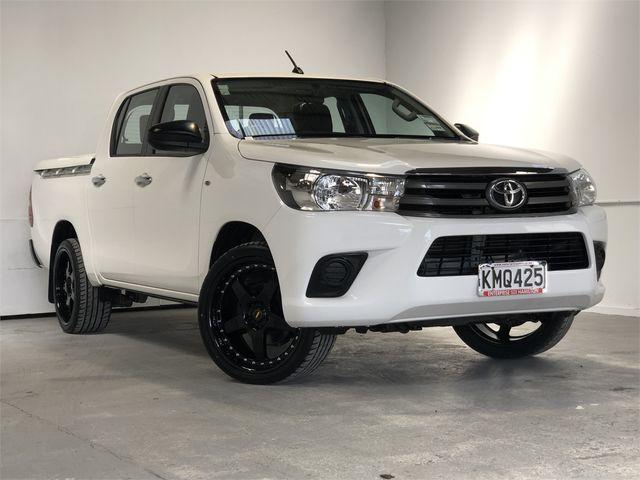 2017 Toyota Hilux Enterprise Hamilton image 1
