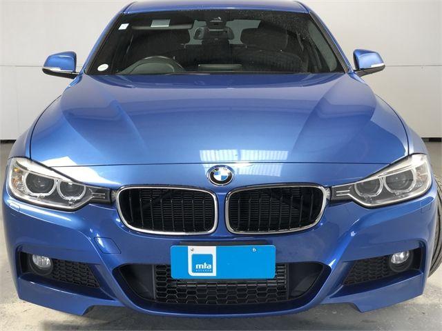 2014 BMW 320i Enterprise Hamilton image 3