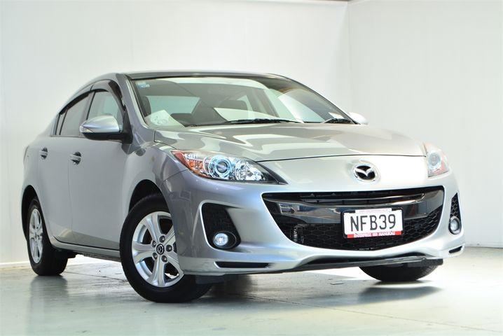 2013 Mazda Axela Enterprise Manukau image 1