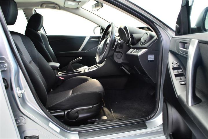 2013 Mazda Axela Enterprise Manukau image 16