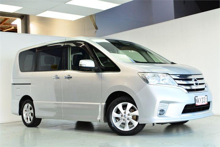2012 Nissan Serena Enterprise Manukau image 4