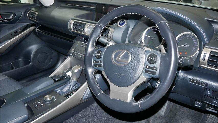 2016 Lexus IS 300H Enterprise New Lynn image 8
