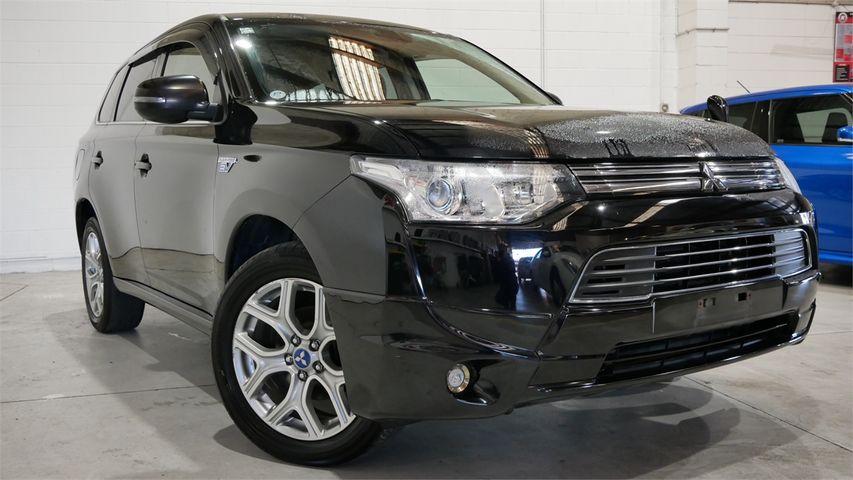 2013 Mitsubishi Outlander Enterprise New Lynn image 1