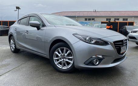 2015 Mazda Axela  Test Drive Form