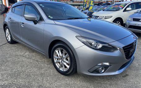 2014 Mazda Axela  Test Drive Form