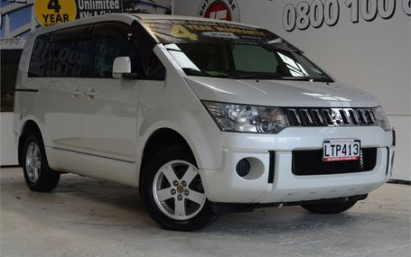 2007 Mitsubishi Delica