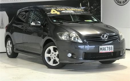 2010 Toyota Auris S PACKAGE Test Drive Form