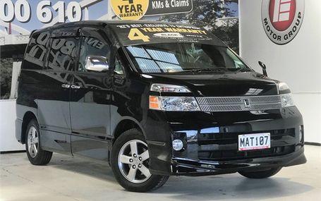 2007 Toyota Voxy