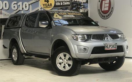2014 Mitsubishi Triton GLX 4WD DIESEL D/CAB Test Drive Form