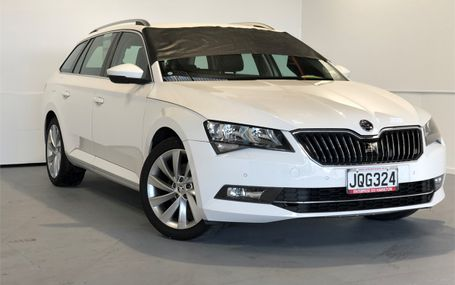 2016 Skoda Superb WAGON 132 KW TSI Test Drive Form