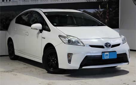 2012 Toyota Prius HYBRID 6 AIRBAGS - ABS Test Drive Form