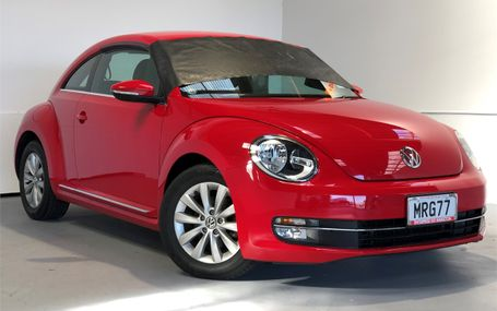 2013 Volkswagen Beetle 4 AIRBAGS - ESC Test Drive Form