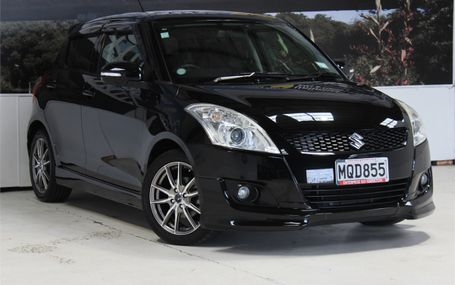 2012 Suzuki Swift RS HOT IN BLACK Test Drive Form