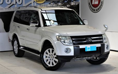 2007 Mitsubishi Pajero EXCEED 66,000 KMS Test Drive Form