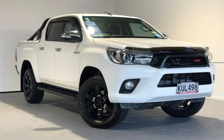 2017 Toyota Hilux SR5 41,000 KMS Test Drive Form