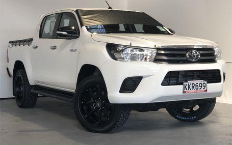 2017 Toyota Hilux SR 58,000 KMS Test Drive Form