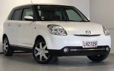 2007 Mazda Verisa