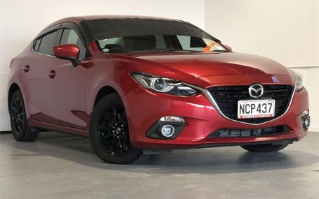 2014 Mazda Axela HYBRID 65,000 KMS Test Drive Form