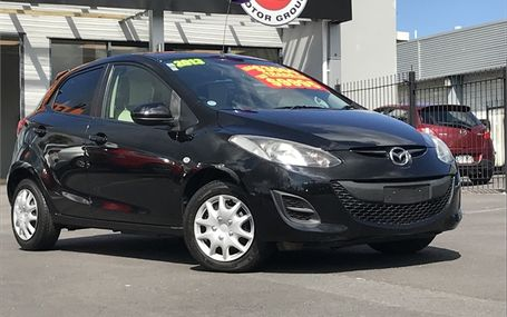 2013 Mazda Demio
