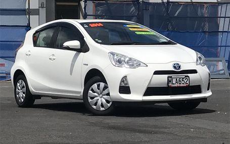 2014 Toyota Aqua HYBRID Test Drive Form