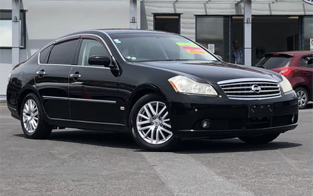 2004 Nissan Fuga