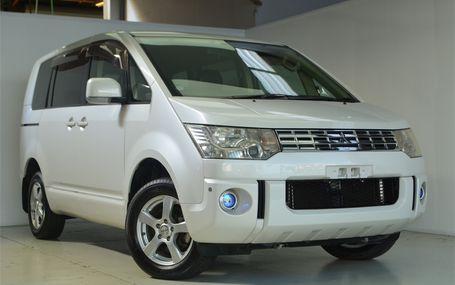 2009 Mitsubishi Delica