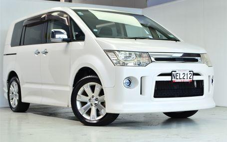 2011 Mitsubishi Delica