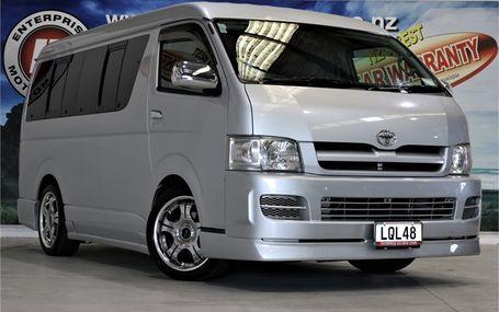 2005 Toyota Hiace
