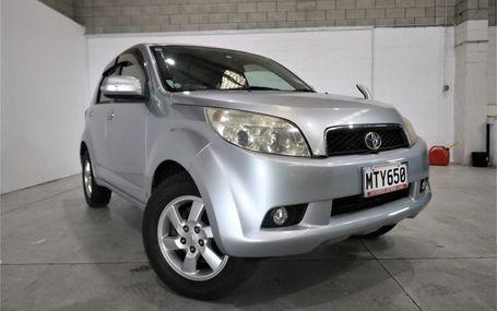 2006 Toyota Rush
