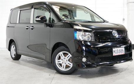 2009 Toyota Voxy
