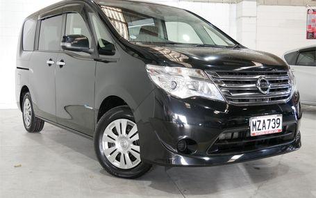 2015 Nissan Serena