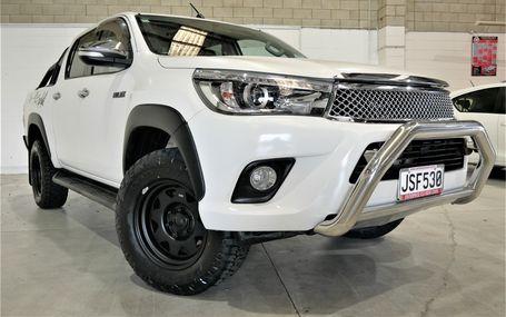 2016 Toyota Hilux SR5 4WD DIESEL D/CAB Test Drive Form