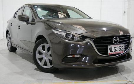 2018 Mazda Axela
