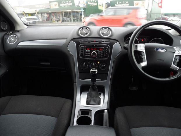 2014 Ford Mondeo 2.3P AUTO