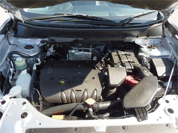 2011 Mitsubishi Outlander 2.4P LS
