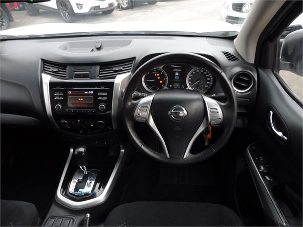 2015 Nissan Navara ST 2.3D/4WD/7AM/UT/4