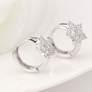 Lady Snowflake Leverback Huggie Hoop Earrings for Women