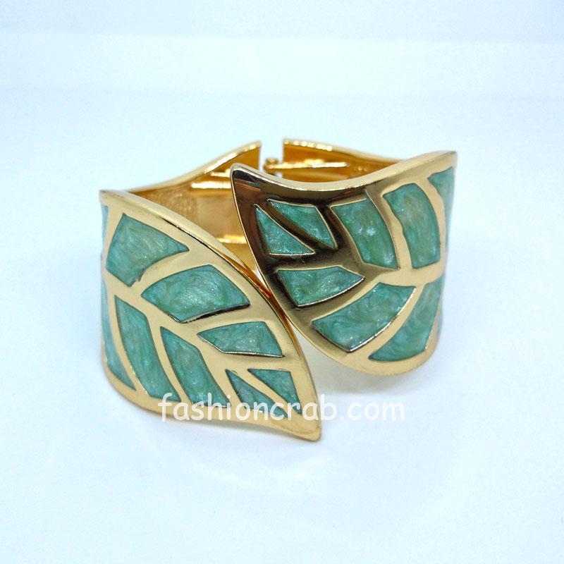 Golden Green Leaf Charm Bracelet