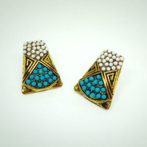 Turquoise White Stud Earring