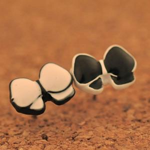 Black and White Asymmetrical Stud Earring