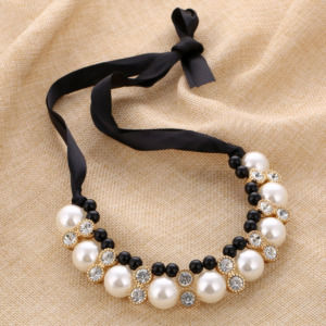 Pearl Chain Choker Necklace for Women