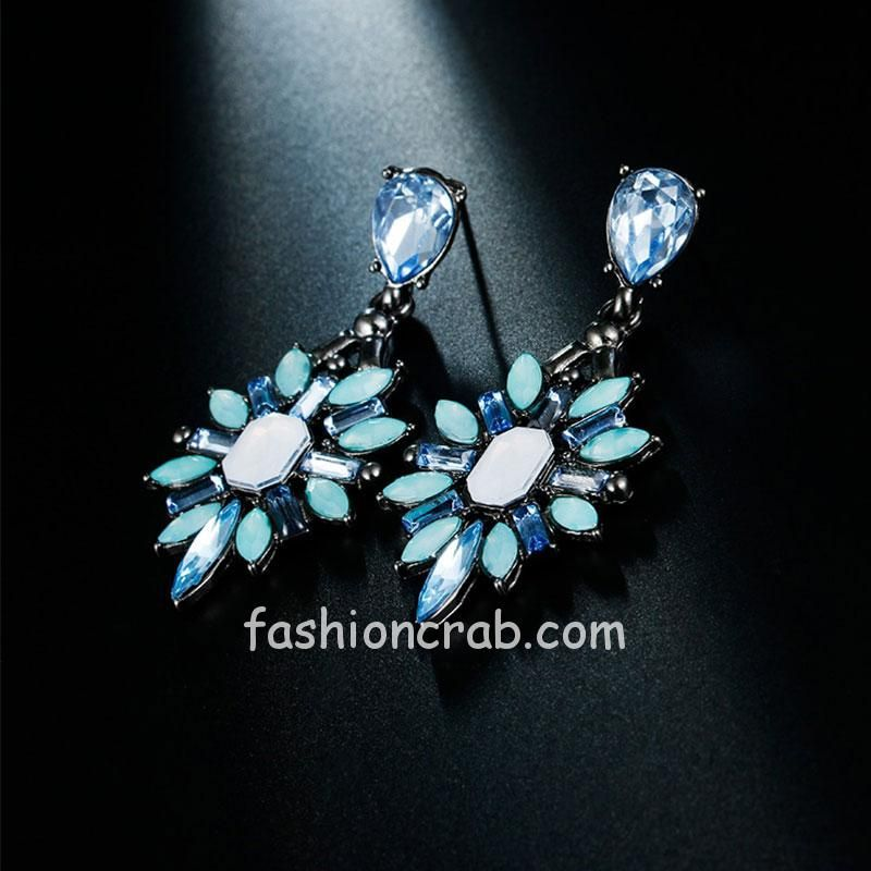 Vintage Inspired Blue Crystal Drop Earring for Women