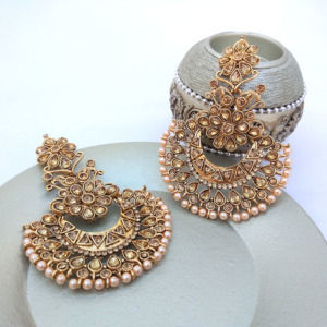Traditional Kundan Polki Golden Color Earring for Wedding Party