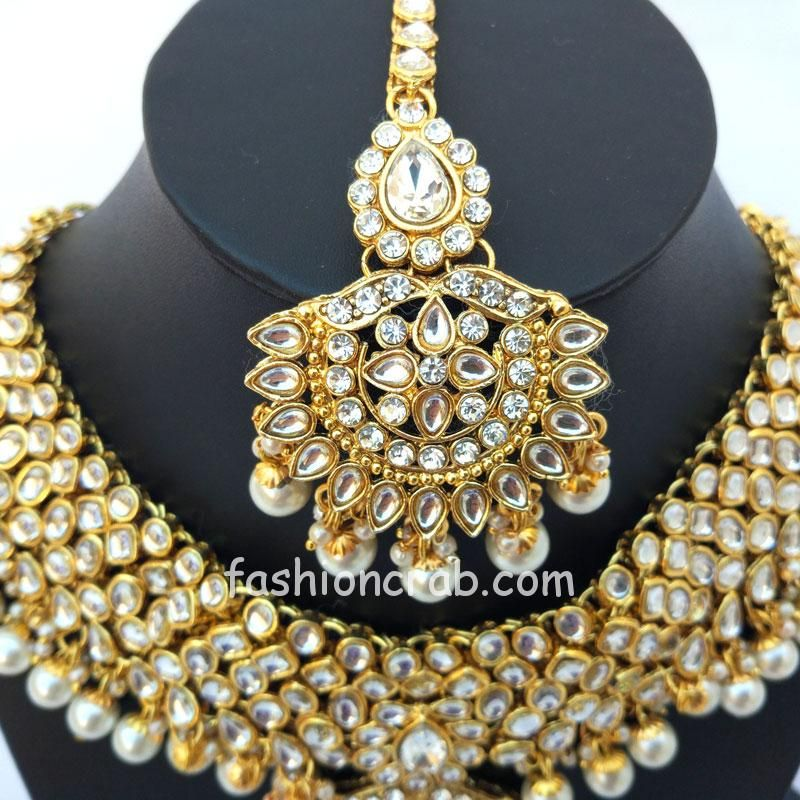 Indian Bridal Jewellery Set For Bride