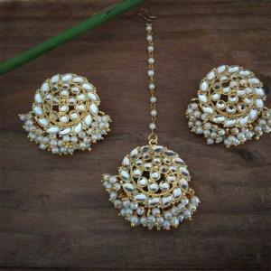 Pearl Bridal Kundan Earrings with Maang Tikka