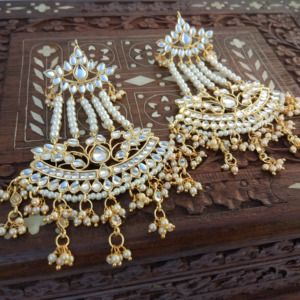 Traditional Gold Toned Kundan & Pearl Earring for Lehenga