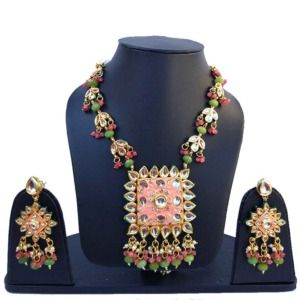 Peach Color Kundan Meenakari Necklace Set