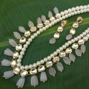 Light Pink Pearl Kundan Necklace Set for Wedding